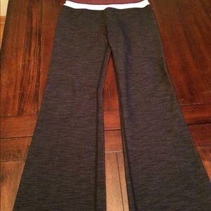 lululemon athletica Pants - Lululemon Athletica Groovy Black Pant Tall 6